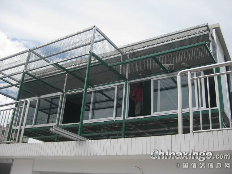 起脊彩钢房顶结构图